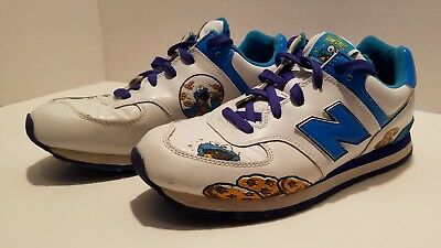 13 /& 13.5 New Balance Youth Sesame Street KJ574CTP Sizes Count Von Count