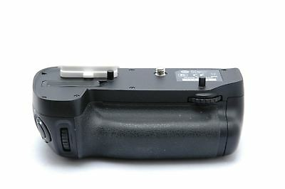 Used Nikon MB-D15 Battery Grip for Nikon D7100/D7200