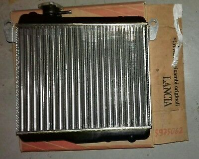 5975062 radiateur Fiat 127 original partie new old stock