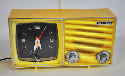 Vintage Poly Sonic AM Tube Radio Tested Works