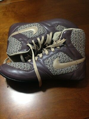 brand new 3a47c 3ba7e NIKE GRECO SUPREME WOMENS WRESTLING SHOES SIZE 9 Brown Tan Knit