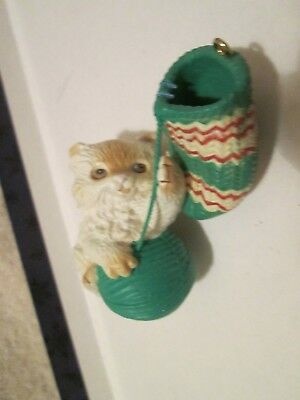 "White Kitten with Mitten Stocking & Ball of Yarn Ornament Unbranded 3 1/4"" tall"