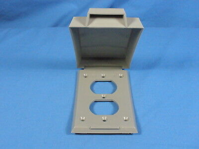 NEW Vertical ROBROY Nonmetallic Gray Duplex Weatherproof Outlet Cover