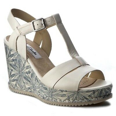 6707c62d1 Clarks Ladies Adesha River White Leather Casual Wedge Sandals Size UK 6.5 D