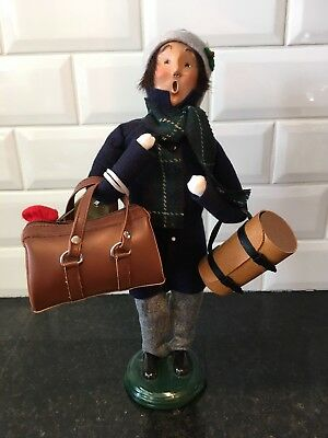 Byers' Choice Caroler Traveler Man Male Adult Carrying Luggage Bags 1999