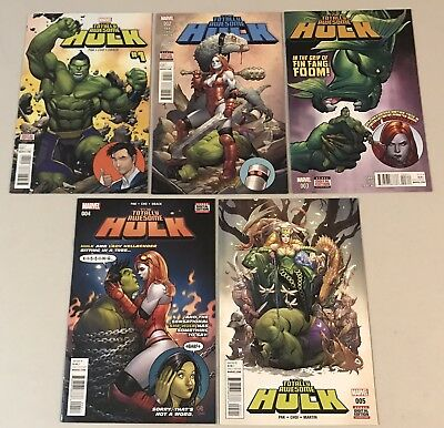 The Totally Awesome Hulk issues: 1, 2, 3, 4, 5 VF/NM