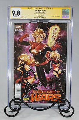 Secret Wars #5 CGC 9.8 - Signed By Mark Brooks (Midtown Comics Exclusives)