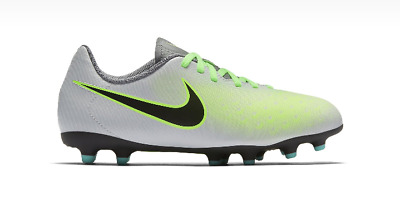 adce1b95421d Junior Jr NIKE MAGISTA OLA II FG Football Trainers 844204 003 Size UK 5.5