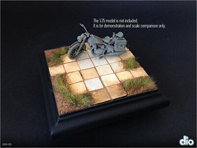 Built & Painted Diorama Base (10cm), 1:35 Pavement section