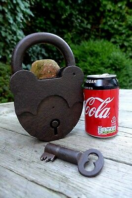 Antique Very Large Padlock one key working order handmade by blacksmith's 2kg