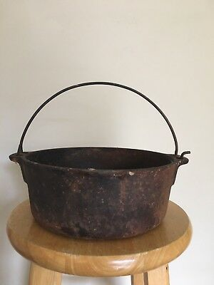 Vintage Wagner 1891 Cast Iron Dutch Oven
