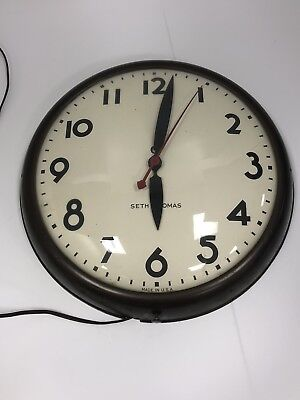 Vintage Large Seth Thomas Model E877-000 maritime ships clock, Works