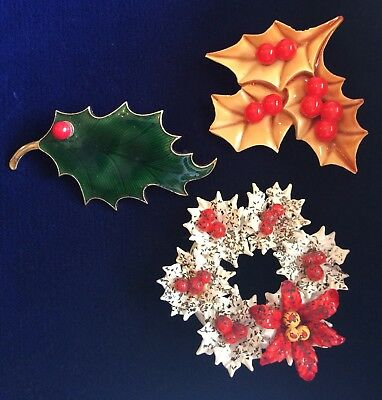 Unusual Vtg Christmas Holiday Holly & Berries, Poinsettia Wreath Brooch Lot of 3