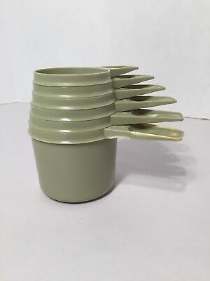 Vintage Tupperware Full Set of 6 Measuring Cups Avocado Green 1/4 to 1 cup