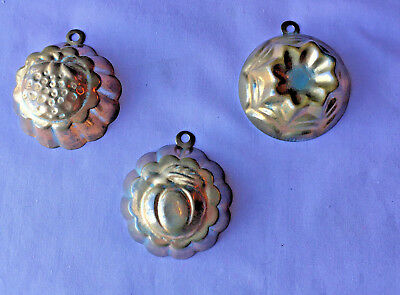 """Lot Of 3 Antique Vintage Copper & Tin 2"""" Mini Molds From German Toy Kitchen"""