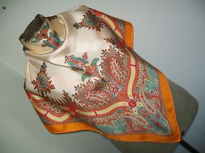 Fabulous ! Stunning Large Classic Paisley Design Vintage Silk Scarf.
