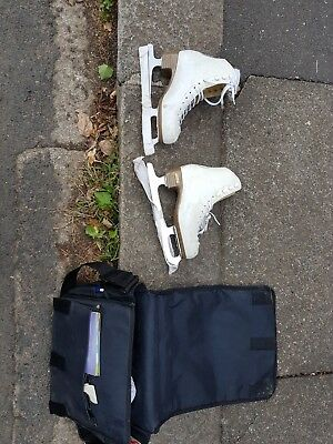 Womens Finesse White Figure Skates Size 9 and half