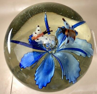 Paperweight Art Glass  Large Floral Design With Butterflies(C1CX)