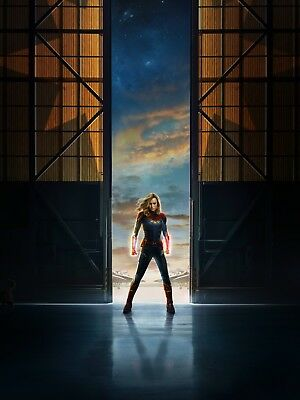 Captain Marvel - 2019 Movie Comic Book Movie Art Large Poster / Canvas Pictures