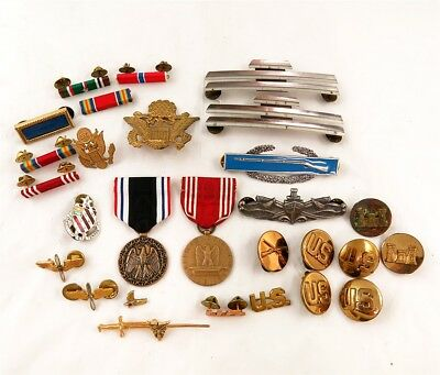 Lot of WWII/Post WWII US Military Badges, Medals, & Pins