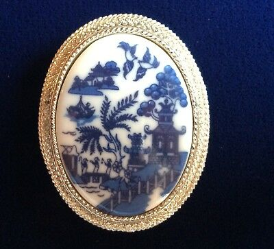Vintage Asian Pagoda Garden Pin Brooch Blue White Porcelain Silver Tone Frame