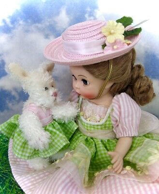 """Perfect 2004 Beautiful Hard Plastic """"easter Hop"""" Doll By Madame Alexander W/box"""