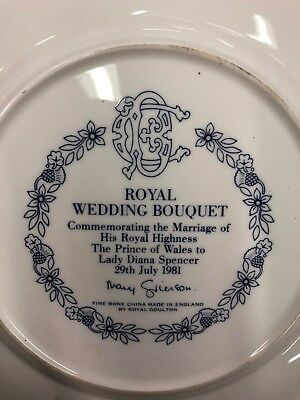 Royal Doulton Royal Wedding Bouquet Comm. Plate of Wedding Charles and Diana