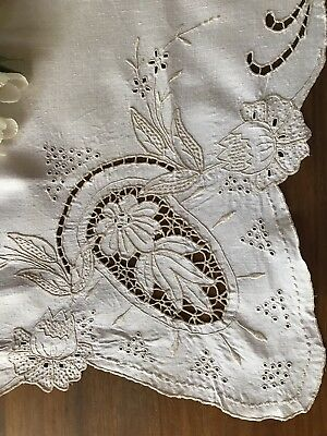 Vintage Madeira Passion Flower Lotus Water Lily Linen Tablecloth & Napkins
