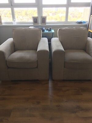 Pair of Armchairs. Very Good condition. Very Comfortable