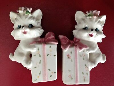 Vintage Lefton White Cats Kittens on Pink Gifts Salt Pepper Shakers 2283 2289