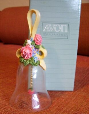 AVON Floral Bouquet Crystal Bell 24% Full lead Crystal Flower Clapper 1989