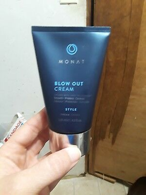 Monat Hair Styling 1 Blow Out Cream Infused REJUVENIQE™ Smooth Protect Control