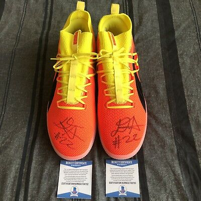 936aa264985c71 Deandre Ayton Signed Shoes Puma Clyde Red Blast Phx Suns Autographed  Beckett Coa