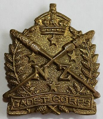 New Zealand Cadet Corps Cap Badge ANZAC Commonwealth Colonial