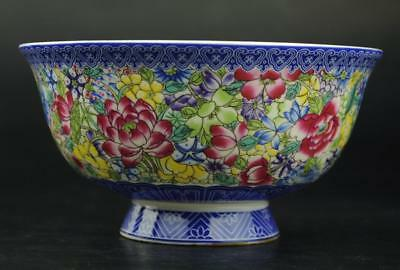 chinese Old famille rose Porcelain Hand-painted flower bowl / Qianlong mark