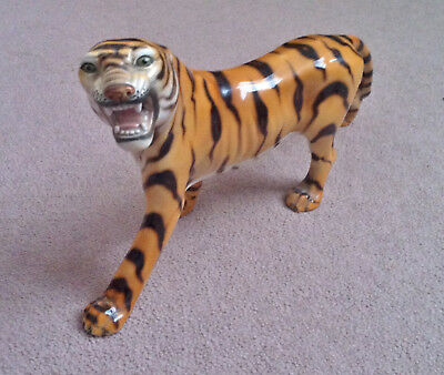 RONZAN OF ITALY PORCELAIN TIGER FIGURINE (damaged)