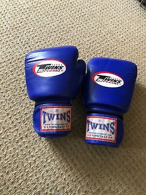 Twins special muay thai boxing gloves 16 OZ, excellent condition