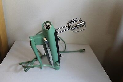 Vintage General Electric Ge  Hand Mixer Atomic Design Aqua Turquoise Green 10M47