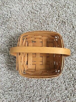1995 Small Berry Basket With Handles