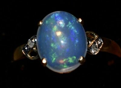 * NEW * AWESOME  9k  GOLD OPAL RING  -  BEAUTIFUL  SOLID CRYSTAL OPAL