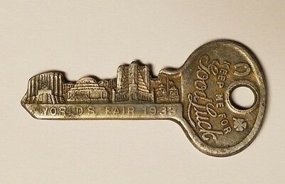 "Vintage 1933 CHICAGO WORLD'S FAIR Master Lock -""Keep Me For Good Luck"" Key"