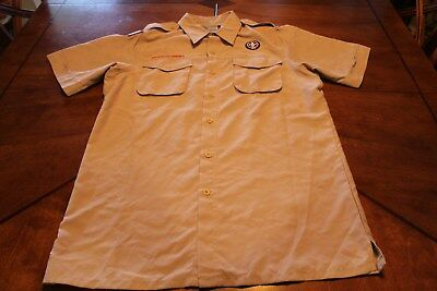 BOY CUB SCOUT SHIRT - ADULT SMALL *VENTED* (Tan) SHORT SLEEVE - OFFICIAL BSA 516