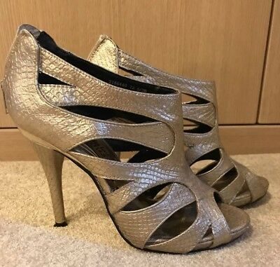 New Look Gold Heels Size 5