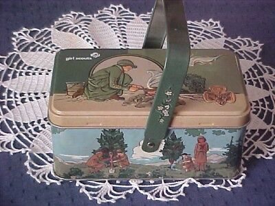 Girl SCOUT TIN WITH HINGED LID AND HANDLE