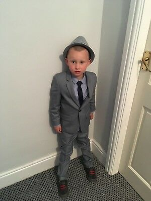 boys 2 piece suit with shirt and tie