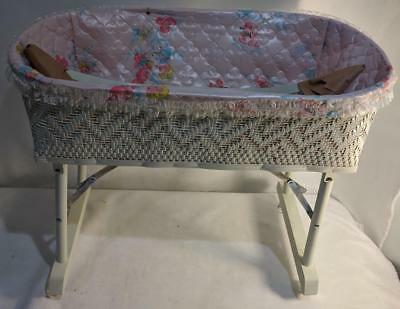 LM VINTAGE White Wicker Collapsable Rolling Baby Doll Dolly Cradle Crib Pram NEW