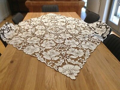 Stunning vintage Madeira Work Hand Embroidered Tablecloth