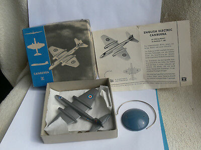 Wiking 1:200 Aircraft-Model English Electric CANBERRA+Box+Paper+Sockel RARE!