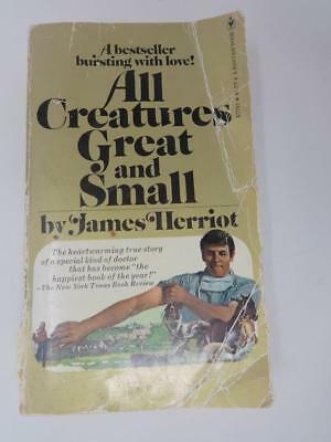 Book All creatures Great and Small by James Herriot