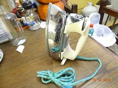 Vintage GE Variable Power Spray Steam & Dry Iron H3F101WT White & Teal Cord good